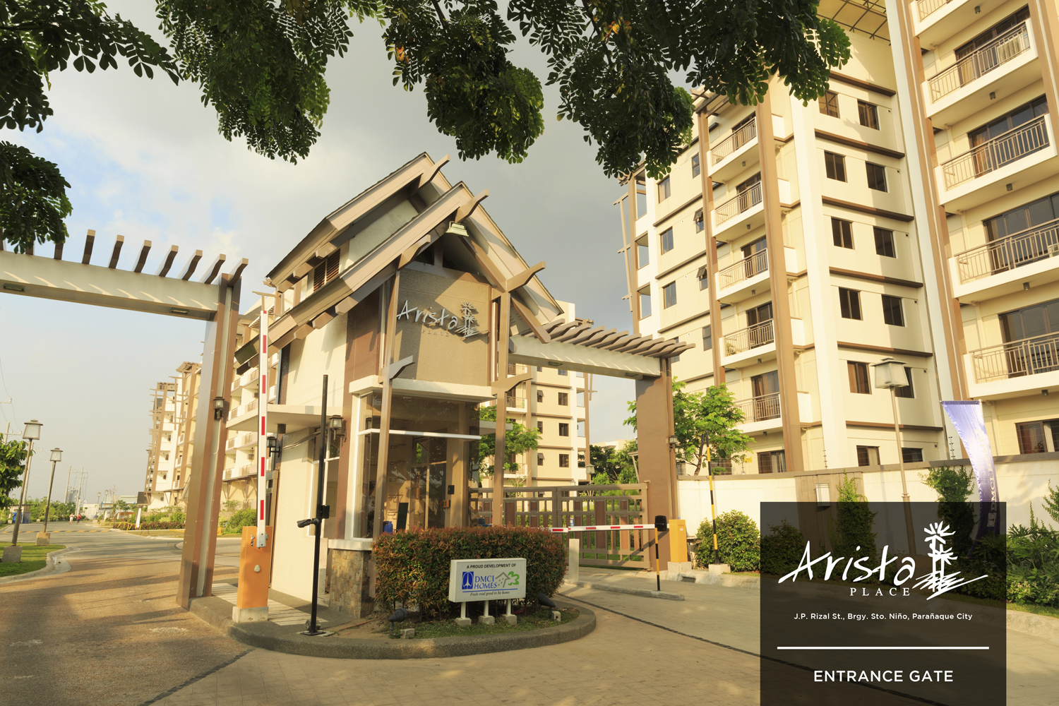 arista-place-residences-entrance Gate