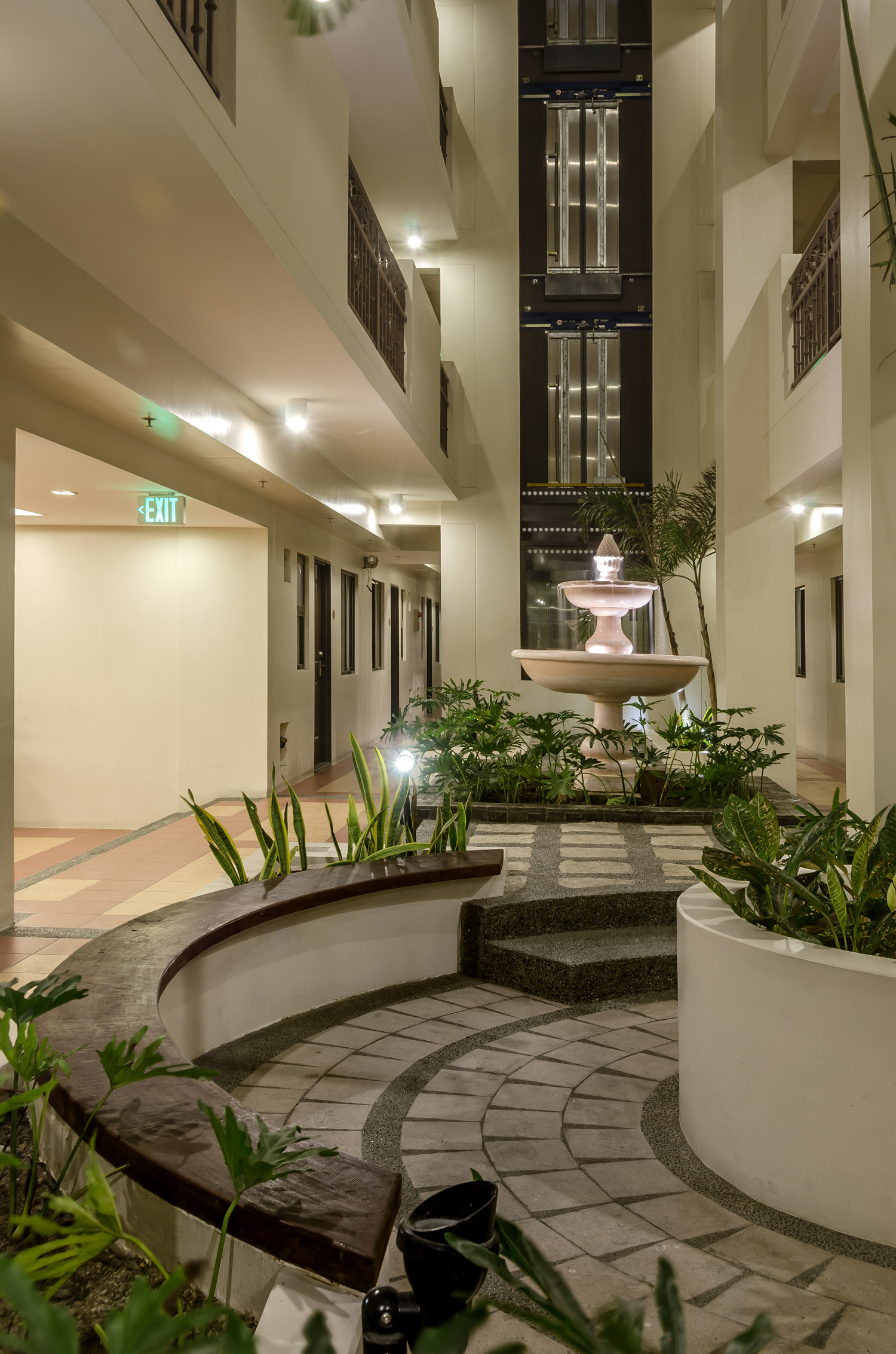 mariciello-villas-landscaped-atriums