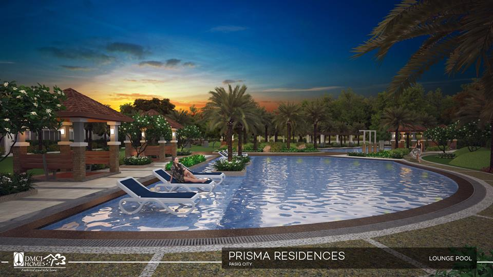 prisma_lounge-pool-night